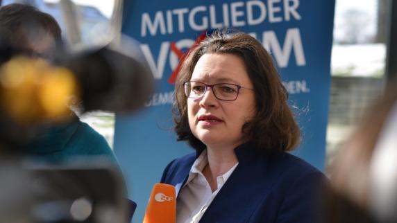 SPD-Regionalkonferenz: SPD-Spitze wirbt in Ulm für die GroKo und ringt um ihre Zukunft