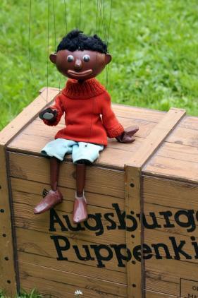 interesse schwindet augsburger puppenkiste jim knopfs traurigste reise lokales augsburg. Black Bedroom Furniture Sets. Home Design Ideas