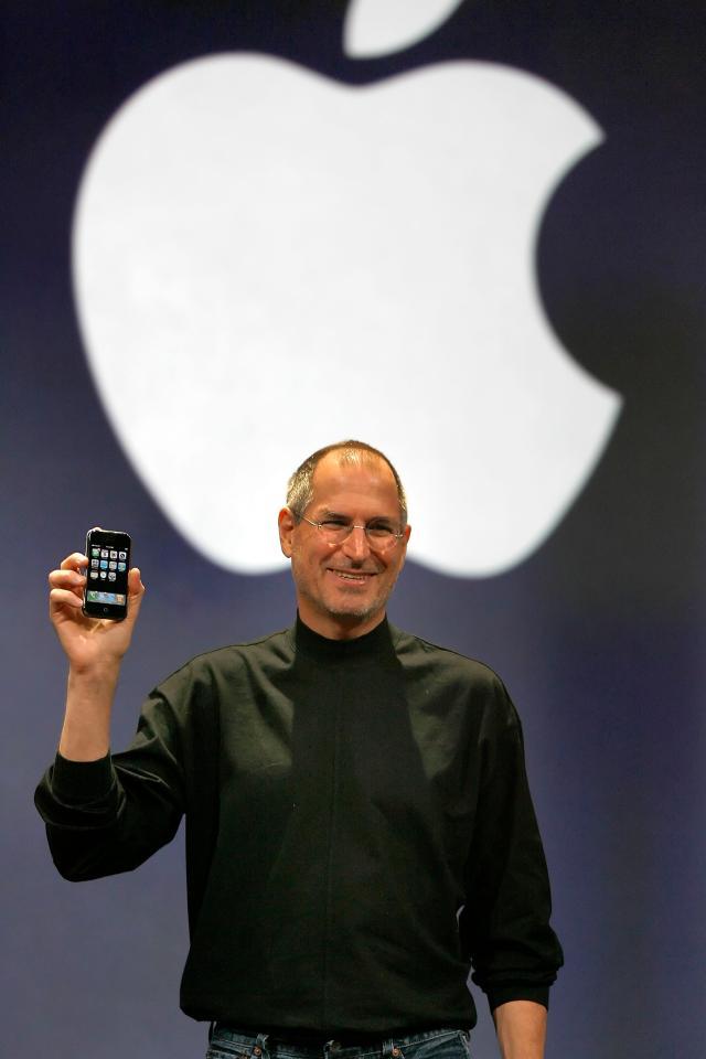 iphone 4s neues update apple behebt akku problem durch. Black Bedroom Furniture Sets. Home Design Ideas