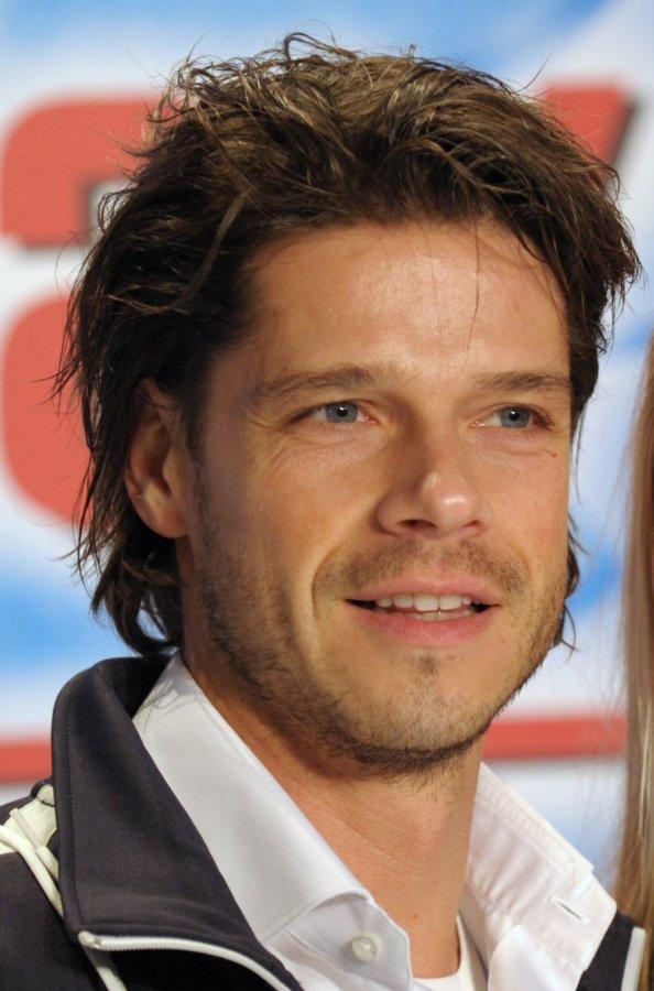Der Schauspieler Stephen Dürr (38) ist bei seinem Trainingsunfall für Stefan ...