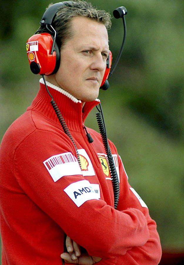 schumacher unfall schumi managerin kehm helmkamera freiwillig abgegeben promis kurioses tv. Black Bedroom Furniture Sets. Home Design Ideas