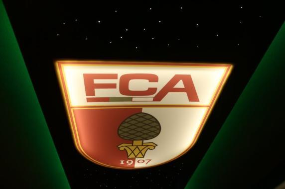 fc augsburg gestatten der neue mannschaftsbus des fca mit sternenhimmel fc augsburg. Black Bedroom Furniture Sets. Home Design Ideas