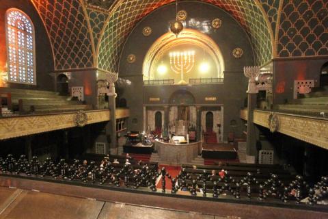 Одна из последних в восточном, византийском стиле - синагога Аугсбурга