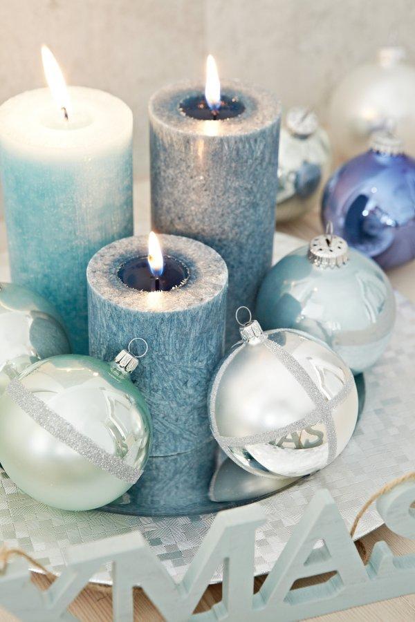 trend lobsterrot oder jeansblau die deko trends zu weihnachten geld leben augsburger. Black Bedroom Furniture Sets. Home Design Ideas