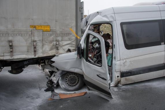 Verkehrschaos bei Regensburg: 14 Verletzte bei Unfallserie auf A3 in Bayern