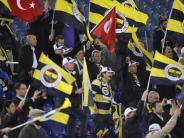 Fußball: Fußball-Erdbeben in der Türkei - Rote Karte für Betrug