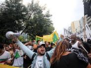 : FIFA und Brasilien bearbeiten ihre WM-Baustellen