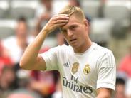 Gehälter: Wie die Fußball-Elite mit ihren Gehaltszetteln umgeht