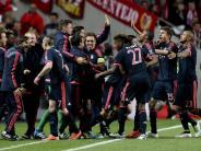 Fußball: Bayern und Hoeneß jubeln über zehntes CL-Halbfinale