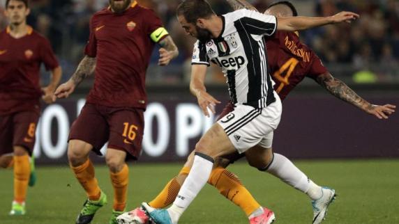Fußball - Juventus Turin verpasst vorzeitigen Titelgewinn
