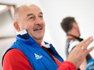 Gastgeber-Coach: Tschertschessow will mindestens ins WM-Achtelfinale