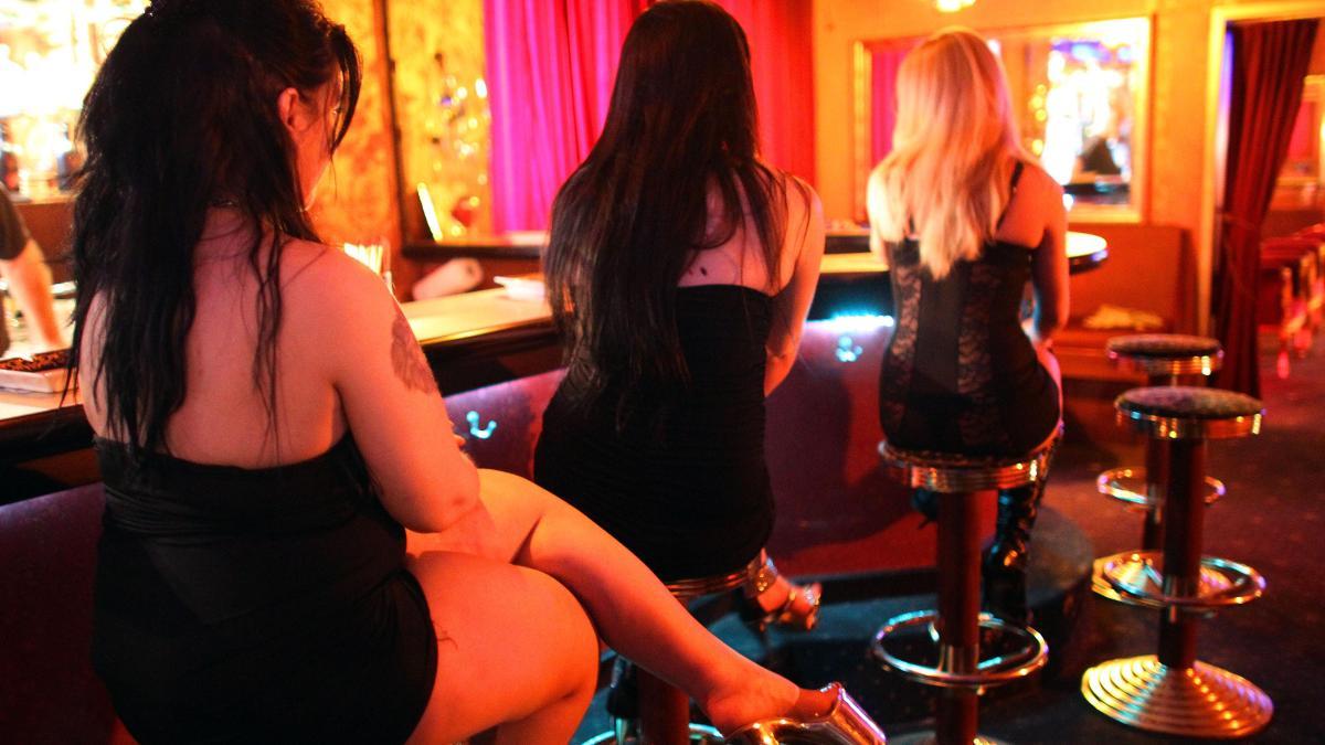 prostituierte günzburg latex prostituierte
