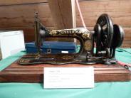 Ziemetshausen: Der Zauber handbemalter Nähmaschinen in Ziemetshausen