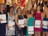 Abschlussfeier: Das Menschliche ist das Nachhaltige