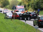 Krumbach: Schwerer Verkehrsunfall auf der B300 bei Edenhausen