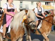 : Balzhausen lädt zum Leonhardiritt
