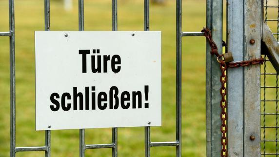Kreis Günzburg: Freiheitsberaubung: Gartentürchen mit Fahrradschloss versperrt