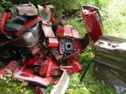 Greimeltshofen: Fahrzeugreste illegal entsorgt