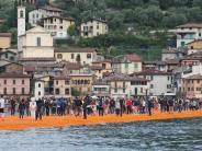 """Italien: Schon 1,2 Millionen Besucher bei Christos """"Floating Piers"""" am Iseo-See"""