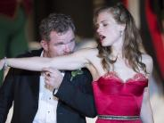 Theater: «Buhlschaft» erobert Salzburg mit laszivem Charme