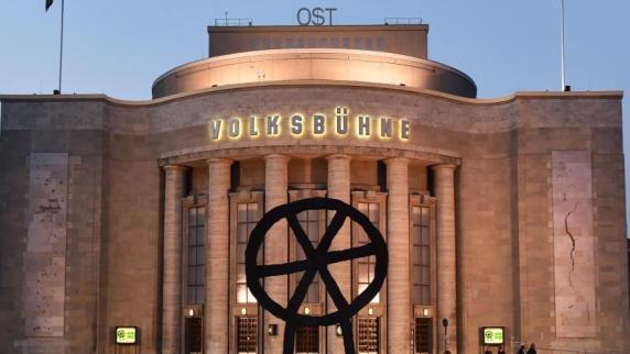 """Theater: """"Theater des Jahres"""" sind Berliner Volksbühne und Gorki"""