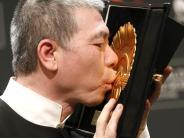Auszeichnung: Goldene Muschel geht überraschend an Xiaogang Feng