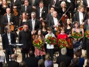 Uraufführung: Elbphilharmonie: Nagano triumphiert mit Widmanns «Arche»