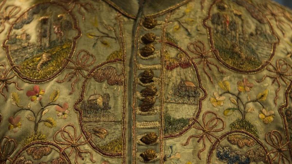Macht und mode waffen und haute couture der renaissance for Haute renaissance