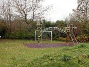 """Kinder: Hoffnung für den Spielplatz """"Am Bachfeld"""""""