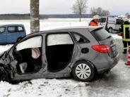 Lengenfeld: In zwei Autos geschleudert