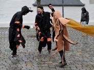 Starker Wind: Wegen Sturm feiern wenige Menschen Fasching