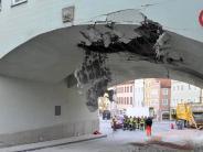 Landsberg: Lkw reißt Teile des Torbogens herunter