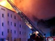 Brand: Aufmerksame Nachbarin alarmiert die Feuerwehr