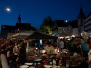 Nachtflohmarkt: Feilschen vor romantischer Kulisse