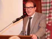 CSU-Kreisversammlung: Dobrindt muss daheim Maut zahlen