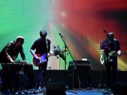 Stadttheater: Raue Gitarren und treibende Rhythmen