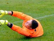 """Fußball: Wenn der Keeper """"aus dem Boden wächst"""""""