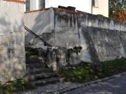 Beuern: Die Mauer soll stehen bleiben