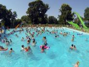 Schwimmbad: Chlor im Badewasser: Deutet Chlorgeruch auf Urin hin?