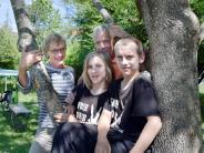 Ludenhausen: Warum diese Zwillinge nicht zur Schule gehen