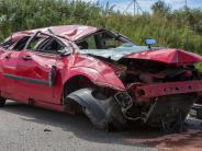 Landsberg: Familie überschlägt sich mehrmals mit dem Auto