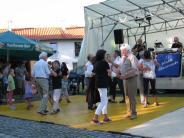 Apfeldorf: Ein Dorf, wie es isst, tanztund lacht