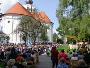 """Vilgertshofen: Die """"Stumme Prozession"""" und ihre Begleiter"""
