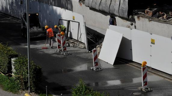 Landsberg: Fensterteile stürzen auf die Straße