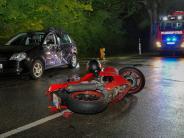 Vilgertshofen: Autofahrerin übersieht Motorradfahrer