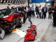 Landsberg: Der ADAC setzt international weiter Autos gegen die Wand