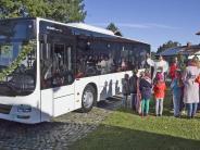 Apfeldorf/Kinsau: Der neue Schulbus rollt jetzt mit Segen