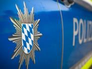 Landkreis Landsberg: Auto weicht Abbieger aus und überschlägt sich