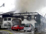 Denklingen: Anwesen brennt großteils aus