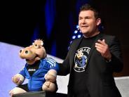 Landsberg: Sebastian Reich lässt im Sportzentrum die Puppen tanzen